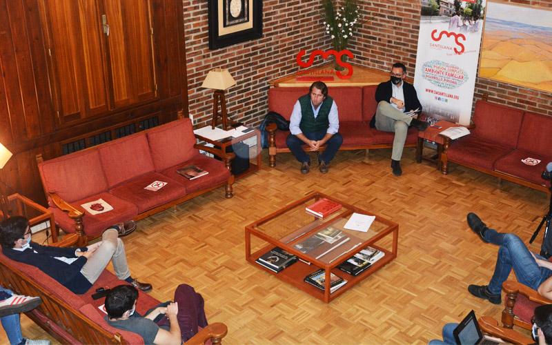 Sesión con Javier Aznarte, «Comunicar: la diferencia entre intentarlo y conseguirlo»